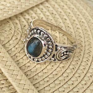 NWOT - Labradorite Sterling Silver Ring